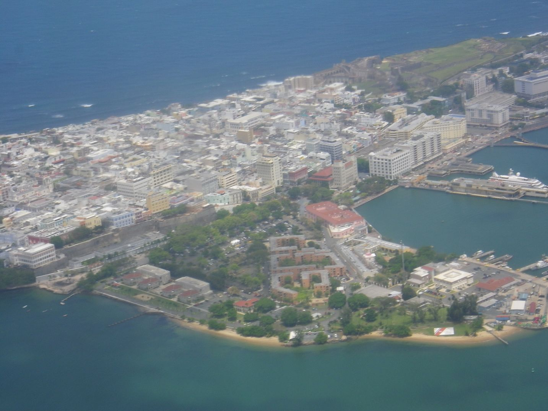 Imgp4117 プエルトリコまではアメリカン航空を予約しました。ラス・アメリカス空港に...